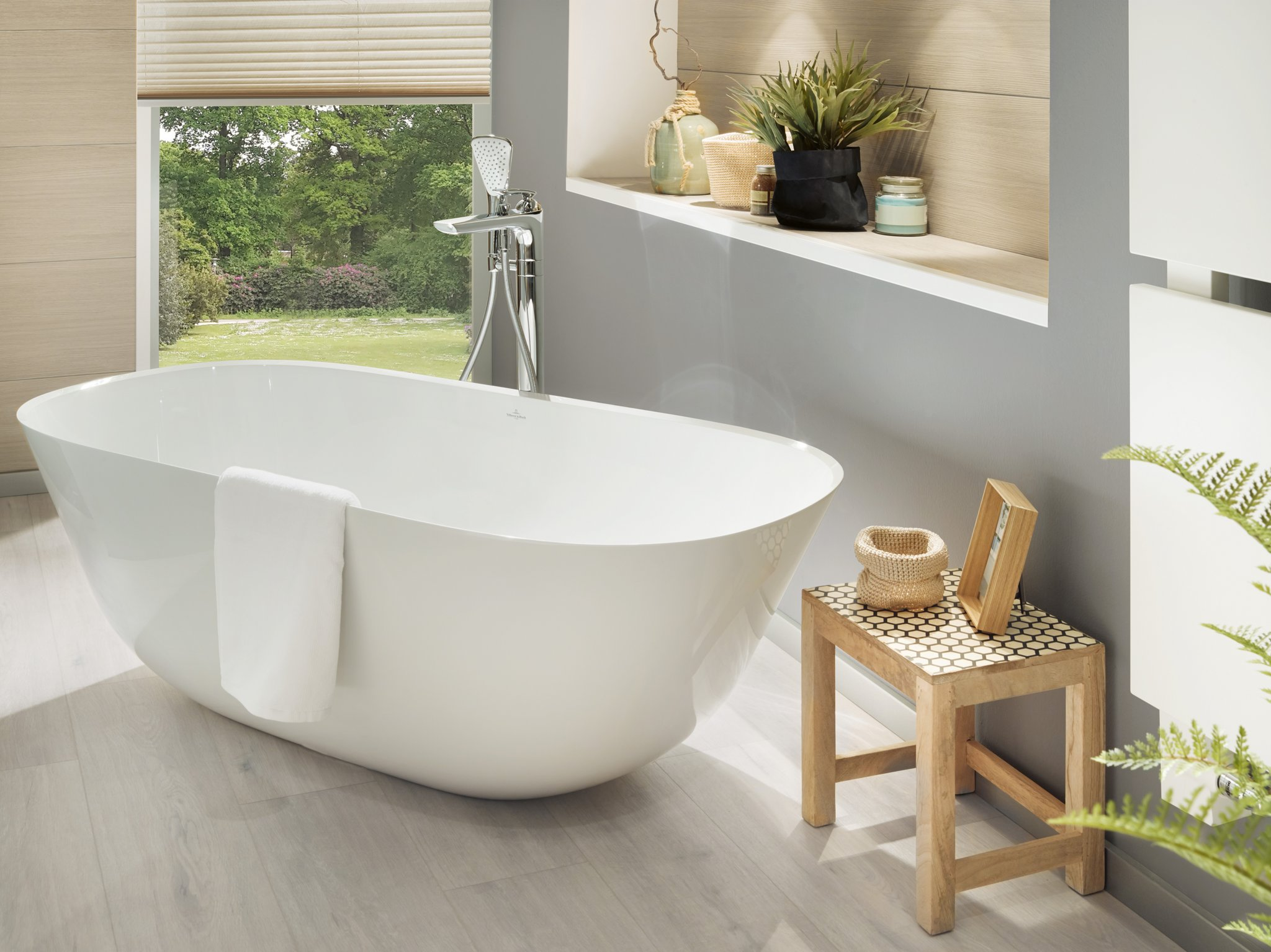 Theano Bath Free Standing Ubq175anh7f200v Villeroy Amp Boch