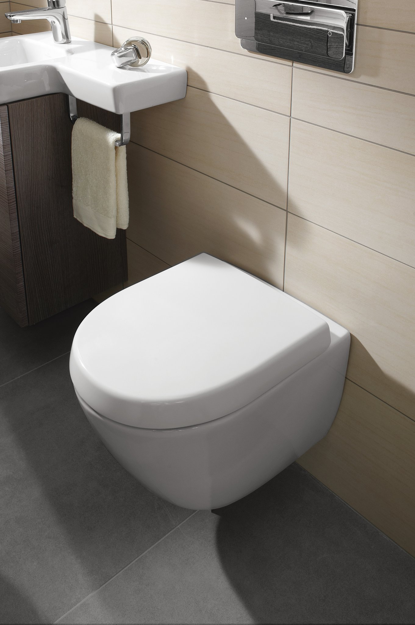 Subway 2 0 Compact Washdown Toilet Oval 560610 Villeroy